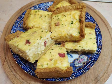 Сырно-луковай пирог. Готовить проще некуда - бюджетный и очень вкусный