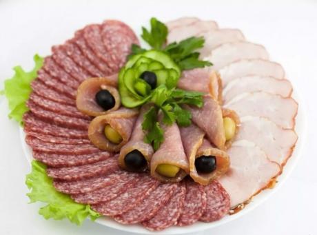 Как удивить гостей?! Оформления мясных нарезок без правил.