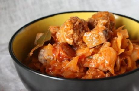 Капустная солянка с мясом